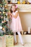 Menina loura da criança de 7 anos adorável Imagens de Stock