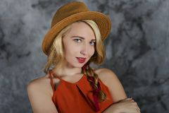 Menina loura no chapéu Foto de Stock Royalty Free
