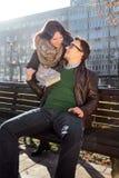 A menina loving tem um presente de Valentine Day para o noivo fotografia de stock royalty free