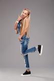 Menina à moda adolescente expressivo Imagem de Stock