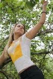 Menina na árvore Fotografia de Stock