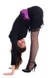 Menina na curvatura preta do terno para a frente. Imagens de Stock
