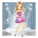Menina na dança cor-de-rosa do vestido Foto de Stock Royalty Free