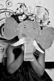 Menina na máscara do papel do elefante Imagem de Stock Royalty Free