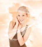 Menina na moda de sorriso Imagens de Stock