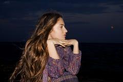 Menina na noite Fotos de Stock