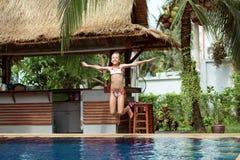 Menina na piscina Imagem de Stock