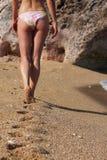 Menina na praia Fotografia de Stock