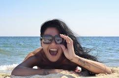 Menina na praia Imagens de Stock Royalty Free