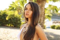 Menina na praia. retrato Imagens de Stock