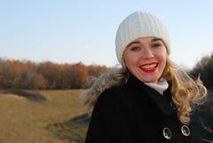 A menina na roupa do inverno fotos de stock royalty free