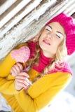 Menina no amarelo vestido queda Imagens de Stock Royalty Free