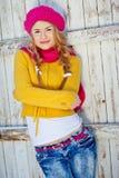Menina no amarelo vestido queda Imagem de Stock