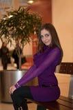 Menina no banco Foto de Stock Royalty Free