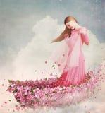 Menina no barco das flores Fotografia de Stock