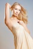 Menina no drapery Imagens de Stock Royalty Free