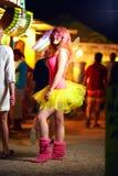 Menina no festival de música, cultura de juventude imagens de stock