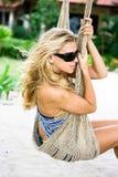 Menina no hammock Fotografia de Stock