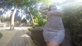 Menina no jardim filme