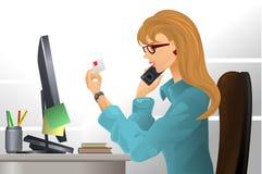 Menina no local de trabalho Imagens de Stock Royalty Free
