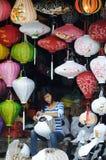A menina no mercado de Vietnam Fotos de Stock Royalty Free