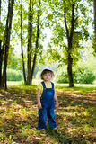 Menina no parque fotografia de stock