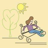 A menina no parque senta-se no banco Imagem de Stock
