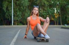Menina no skate Foto de Stock