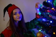 Menina no traje do Natal Foto de Stock