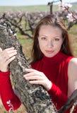 Menina no vermelho ao ar livre Imagem de Stock