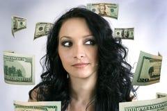 A menina pensa sobre o dinheiro Imagens de Stock Royalty Free