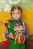 Menina pequena do jardineiro Fotos de Stock Royalty Free