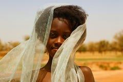 Menina perto de Djenne, Mali Imagens de Stock