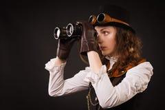 Menina punk do vapor com binocular Foto de Stock Royalty Free