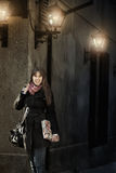 Menina que anda na rua Imagem de Stock