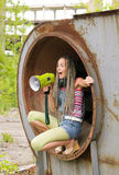 Menina que canta no anel 3 Imagens de Stock