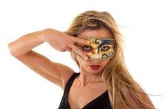 Menina que desgasta uma máscara do vintage imagens de stock royalty free