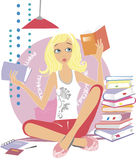 Menina que lê um livro Foto de Stock