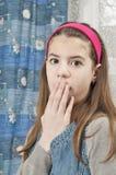 Menina que olha amedrontada Fotos de Stock Royalty Free