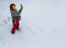 Menina que procura um sinal Fotografia de Stock