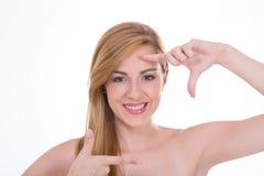 Menina que simula o tiro da foto Fotos de Stock Royalty Free
