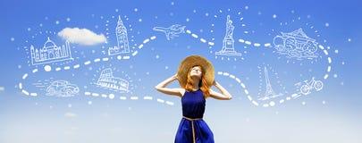 Menina que sonha sobre a viagem Imagens de Stock Royalty Free