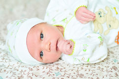 Menina recém-nascida doce Foto de Stock Royalty Free