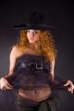 Menina red-haired bonita no chapéu Fotos de Stock
