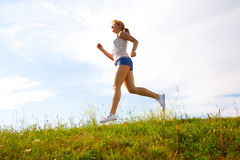 Menina Running foto de stock