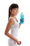 Menina saudável apta com bebida imagens de stock royalty free