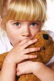 Menina scared pequena Fotografia de Stock