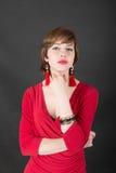 Menina sensual em um vestido vermelho Foto de Stock Royalty Free