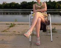 Menina 'sexy' que relaxa Imagens de Stock Royalty Free