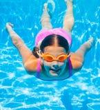 Menina subaquática Fotografia de Stock